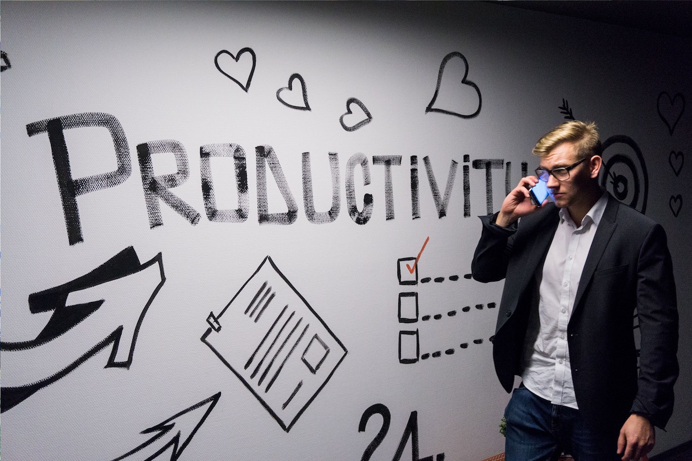 Featured image for Top 10 Productivity Habits of Successful Marketers